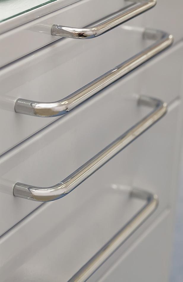 door-pull-handles-1